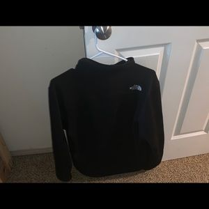 Black north face light jacket. Fits well!